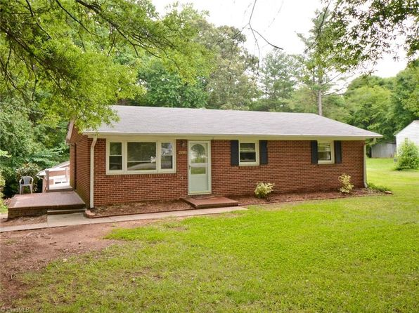 3 bed 1 bath Single Family at 2895 Harper Rd Clemmons, NC, 27012 is for sale at 133k - 1 of 17