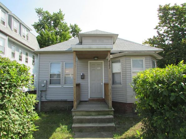 2 bed 1 bath Single Family at 423 Orange St Springfield, MA, 01108 is for sale at 67k - 1 of 7