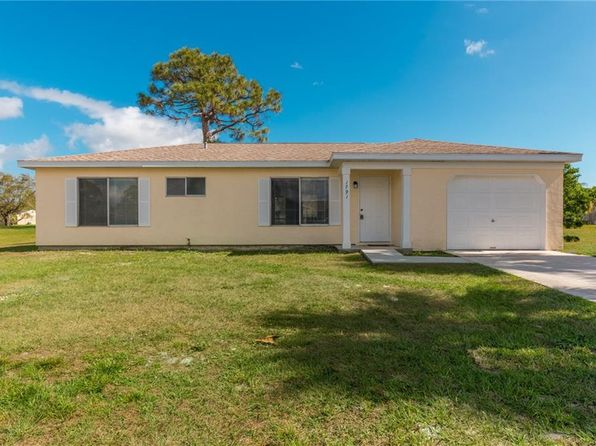 2 bed 2 bath Single Family at 1791 SE Elkhart Ter Port St Lucie, FL, 34952 is for sale at 159k - 1 of 21