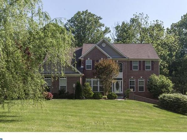 4 bed 3.5 bath Single Family at 102 Elizabeth Way Oxford, PA, 19363 is for sale at 425k - 1 of 25