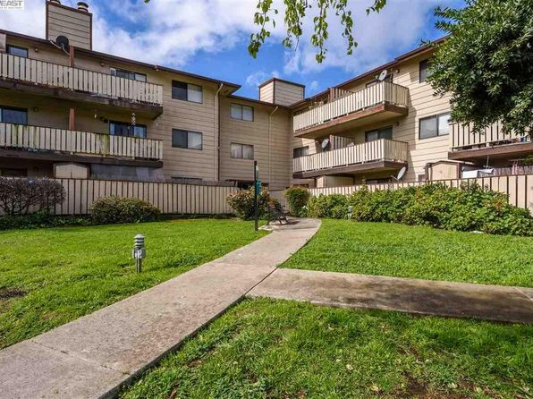 2 bed 2 bath Condo at 29300 Dixon St Hayward, CA, 94544 is for sale at 375k - 1 of 10