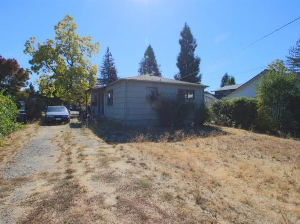 2 bed 2 bath Multi Family at 1034 W 12th St Medford, OR, 97501 is for sale at 135k - 1 of 6