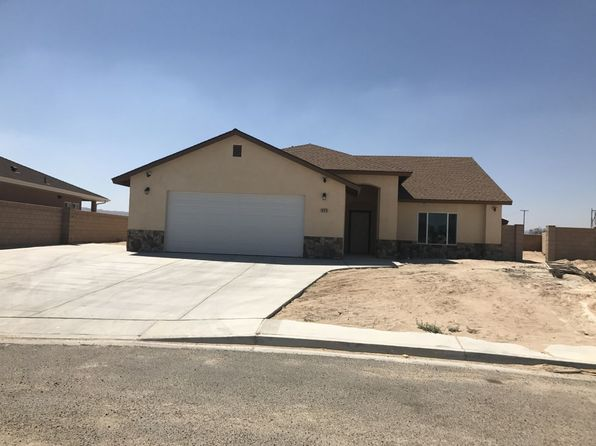 3 bed 2.5 bath Single Family at 825 Emma Way Ridgecrest, CA, 93555 is for sale at 300k - 1 of 6