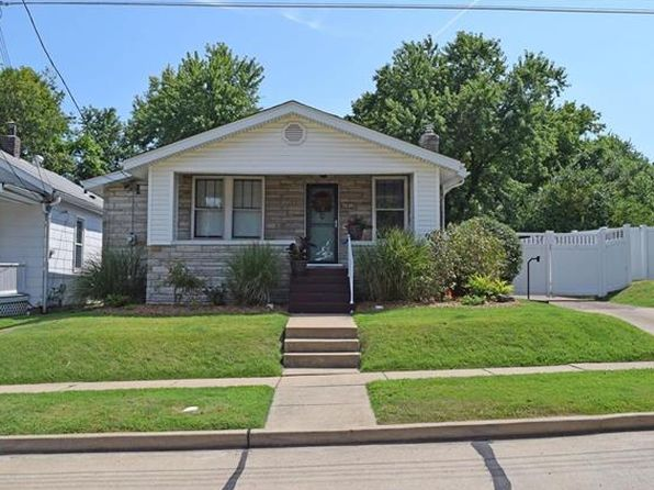 2 bed 1 bath Single Family at 7618 Weaver Ave Maplewood, MO, 63143 is for sale at 150k - 1 of 28