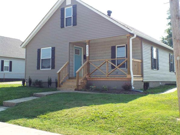 3 bed 2 bath Single Family at 2236 Smith St Ashland, KY, 41101 is for sale at 90k - 1 of 12