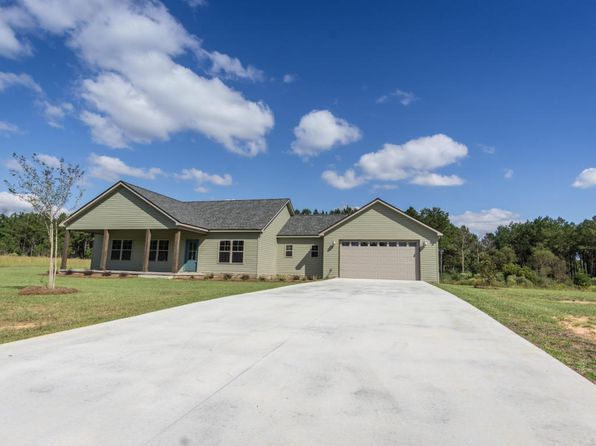 4 bed 2.5 bath Single Family at 543 Lakepointe Dr Chipley, FL, 32428 is for sale at 233k - 1 of 27
