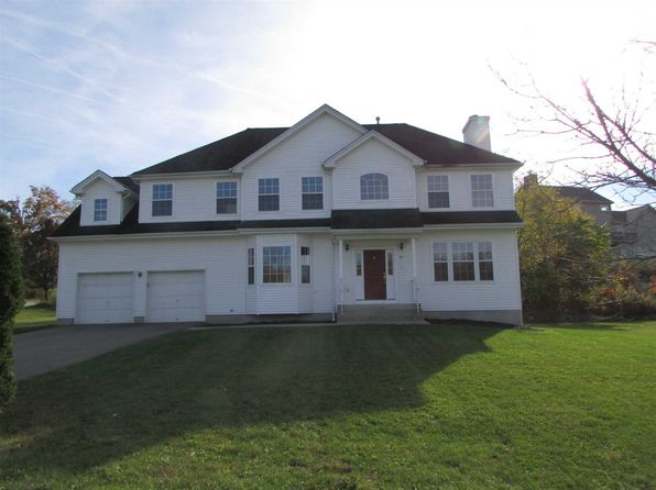 4 bed 3 bath Single Family at 29 Arcadian Pl Fishkill, NY, 12524 is for sale at 375k - 1 of 14