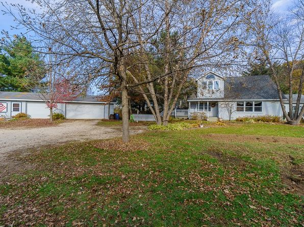 4 bed 2 bath Single Family at 32741 Highway 3 Shell Rock, IA, 50670 is for sale at 225k - 1 of 31