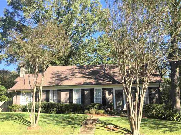 3 bed 3 bath Single Family at 1054 Carlisle St Jackson, MS, 39202 is for sale at 285k - 1 of 31