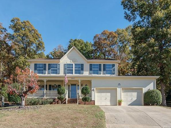 4 bed 3 bath Single Family at 2601 Yarrow Rd Charlotte, NC, 28213 is for sale at 205k - 1 of 22