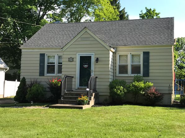3 bed 1 bath Single Family at 109 Old Highway 28 Whitehouse Station, NJ, 08889 is for sale at 259k - 1 of 14
