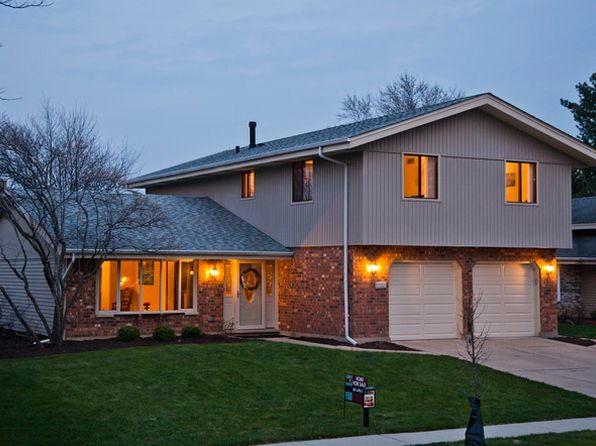4 bed 3 bath Single Family at 1133 Lippitt Ct Schaumburg, IL, 60193 is for sale at 335k - 1 of 34