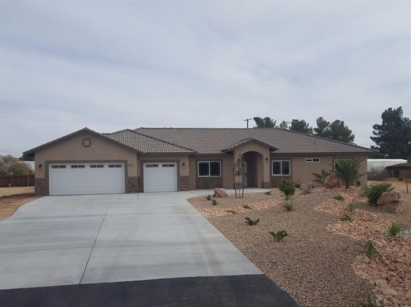4 bed 3 bath Single Family at 19575 Oshkosh Ln Apple Valley, CA, 92307 is for sale at 409k - 1 of 2