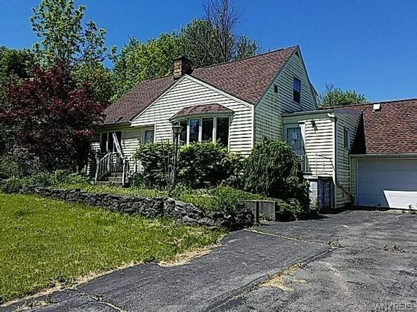 4 bed 2 bath Single Family at 5100 Hillcrest Dr Clarence, NY, 14031 is for sale at 135k - 1 of 14