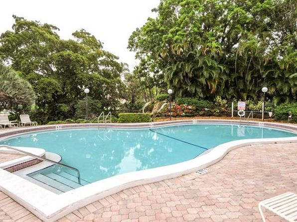 2 bed 2 bath Condo at 501 Forest Lakes Blvd Naples, FL, 34105 is for sale at 167k - 1 of 11