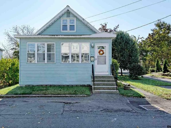 3 bed 1 bath Single Family at 9 Natick St Colonie, NY, 12205 is for sale at 150k - 1 of 20