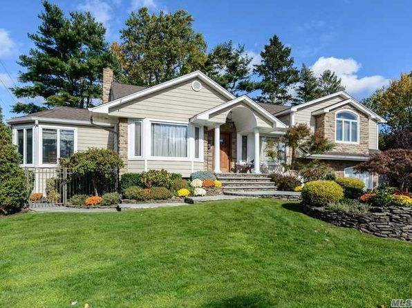 5 bed 4 bath Single Family at 10 Saratoga Dr Jericho, NY, 11753 is for sale at 1.40m - 1 of 20