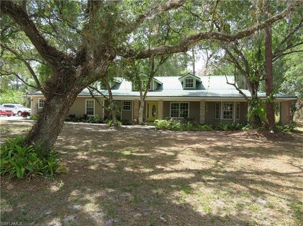 3 bed 3 bath Single Family at 704 Turtle Ln Labelle, FL, 33935 is for sale at 265k - 1 of 12