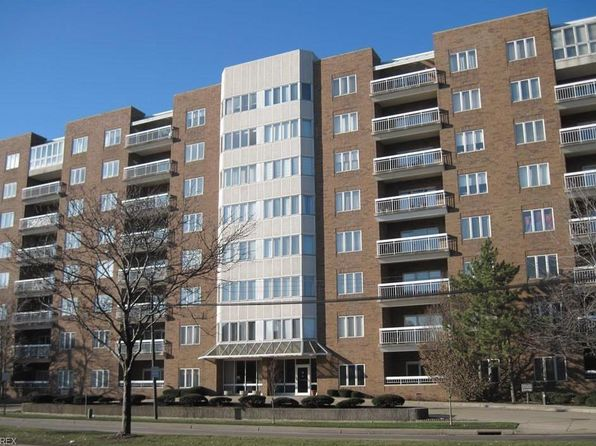2 bed 3 bath Condo at 3330 Warrensville Center Rd 208 Shaker Heights, OH, 44122 is for sale at 160k - 1 of 34