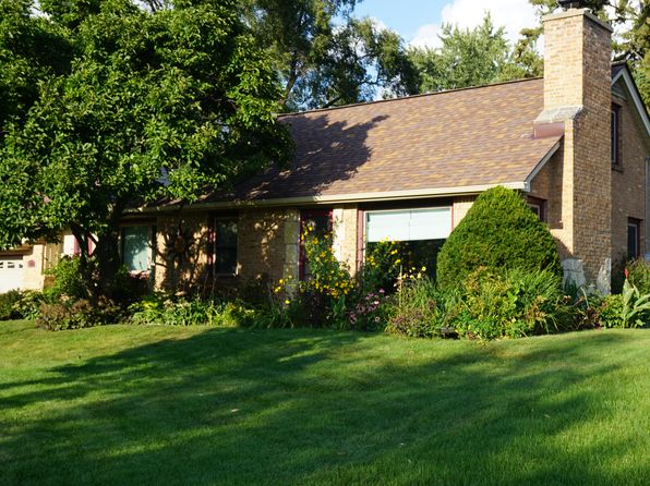 3 bed 1 bath Single Family at 3242 N 106th St Wauwatosa, WI, 53222 is for sale at 225k - 1 of 26