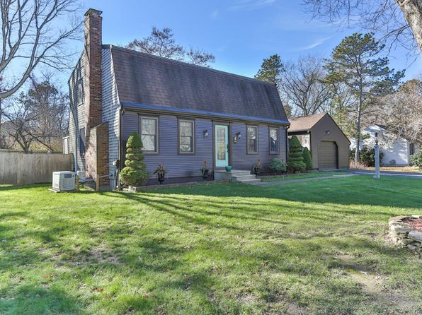 3 bed 2 bath Single Family at 60 Windsor Rd Sandwich, MA, 02563 is for sale at 370k - 1 of 31
