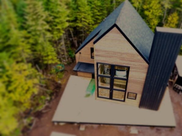3 bed 2 bath Single Family at 802 W 1st Ave Grand Marais, MN, 55604 is for sale at 435k - 1 of 7