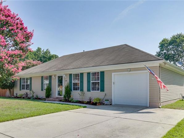 3 bed 2 bath Single Family at 601 Baywood Trl Chesapeake, VA, 23323 is for sale at 243k - 1 of 27