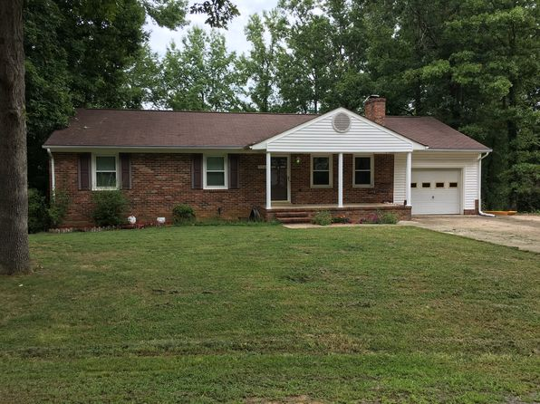 4 bed 2 bath Single Family at 334 Tulip Cir Fredericksburg, VA, 22408 is for sale at 270k - 1 of 8