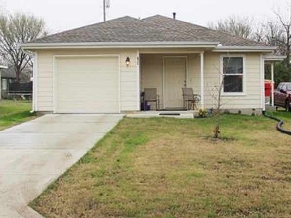 3 bed 2 bath Single Family at 306 Wyeth St Taylor, TX, 76574 is for sale at 160k - google static map