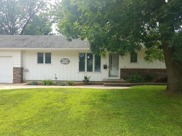 3 bed 2 bath Single Family at 1008 15th St SW Austin, MN, 55912 is for sale at 145k - 1 of 23