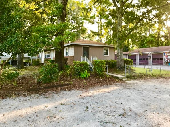 3 bed 2 bath Single Family at 1530 N Kerr Ave Wilmington, NC, 28405 is for sale at 349k - 1 of 15