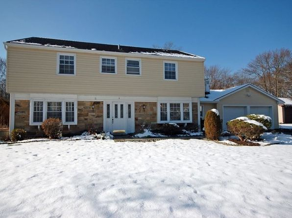 5 bed 3 bath Single Family at 9 Cymbeline Dr Old Bridge, NJ, 08857 is for sale at 460k - 1 of 19