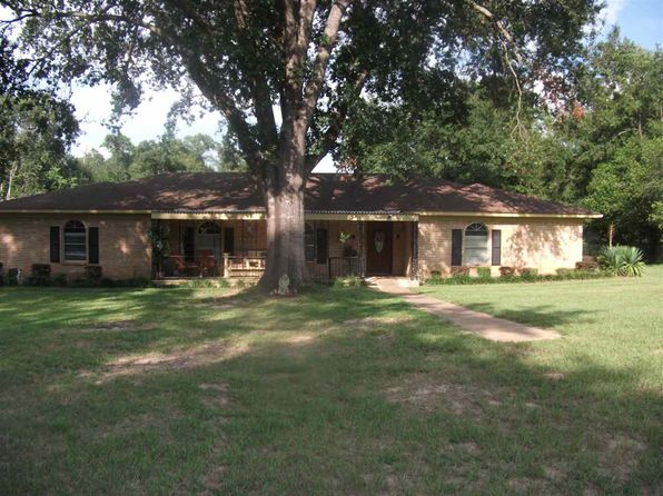 4 bed 3 bath Single Family at 621 Delmonte Ln Longview, TX, 75605 is for sale at 226k - 1 of 11