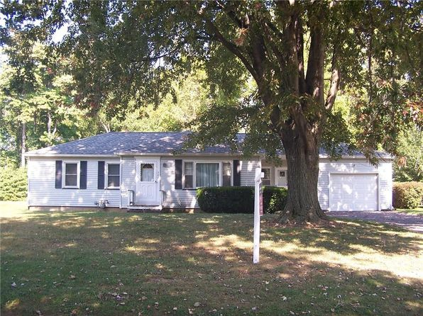 3 bed 1 bath Single Family at 342 Barmont Dr Rochester, NY, 14626 is for sale at 95k - 1 of 23