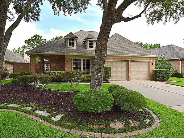 3 bed 3 bath Single Family at 2702 Kittansett Cir Katy, TX, 77450 is for sale at 385k - 1 of 22