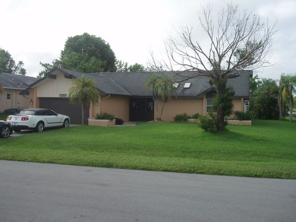 3 bed 2 bath Single Family at 1802 SE 2nd St Cape Coral, FL, 33990 is for sale at 235k - 1 of 24