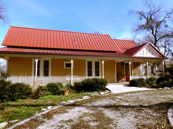 3 bed 3 bath Single Family at 403 E Standifer St Hamilton, TX, 76531 is for sale at 159k - 1 of 46