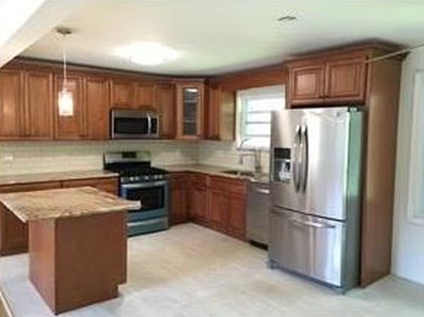 4 bed 3 bath Single Family at Undisclosed Address Piscataway, NJ, 08854 is for sale at 369k - 1 of 7