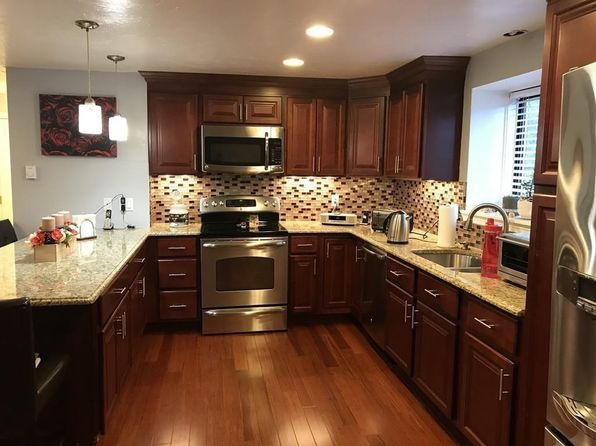 2 bed 1 bath Condo at 200 Fulton St Fall River, MA, 02720 is for sale at 160k - 1 of 27