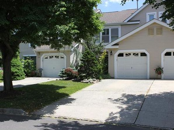 2 bed 3 bath Townhouse at 277 Rooney Ct East Brunswick, NJ, 08816 is for sale at 320k - 1 of 25