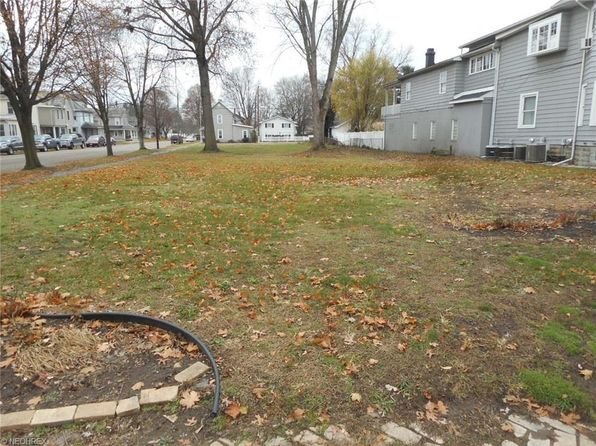 null bed null bath Vacant Land at 136 3rd SE St New Philadelphia, OH, 44663 is for sale at 129k - 1 of 3