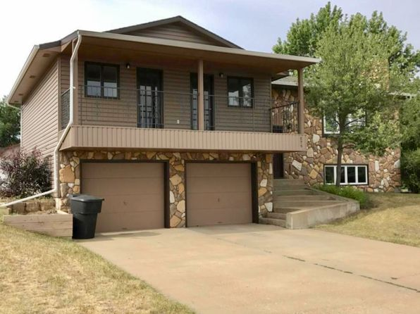 4 bed 3 bath Single Family at 575 Spruce St Dickinson, ND, 58601 is for sale at 289k - 1 of 23