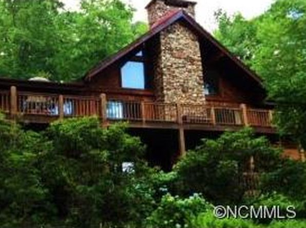 3 bed 3.5 bath Single Family at 590 Cherokee Trce Lake Toxaway, NC, 28747 is for sale at 345k - 1 of 8