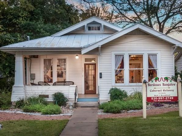 2 bed 2 bath Single Family at 307 E San Antonio St Fredericksburg, TX, 78624 is for sale at 648k - 1 of 37