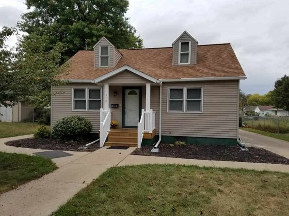 2 bed 2 bath Single Family at 812 6th St Camanche, IA, 52730 is for sale at 99k - 1 of 14