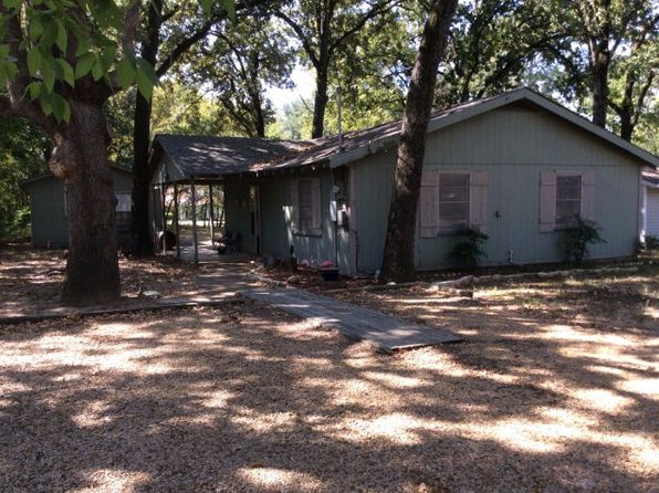 2 bed 1 bath Single Family at 1015 Hob of the Hl Gun Barrel City, TX, 75156 is for sale at 89k - 1 of 17