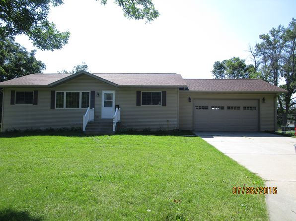 4 bed 2 bath Single Family at 402 Quarry St Baraboo, WI, 53913 is for sale at 180k - 1 of 13