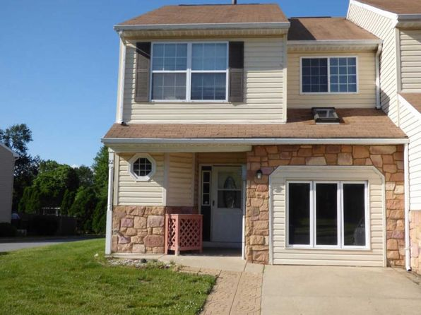 3 bed 2.5 bath Townhouse at 22 Theo Ct Burlington, NJ, 08016 is for sale at 215k - 1 of 13