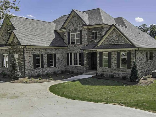 4 bed 4.5 bath Single Family at 615 Breckenwood Dr Spartanburg, SC, 29301 is for sale at 549k - 1 of 24