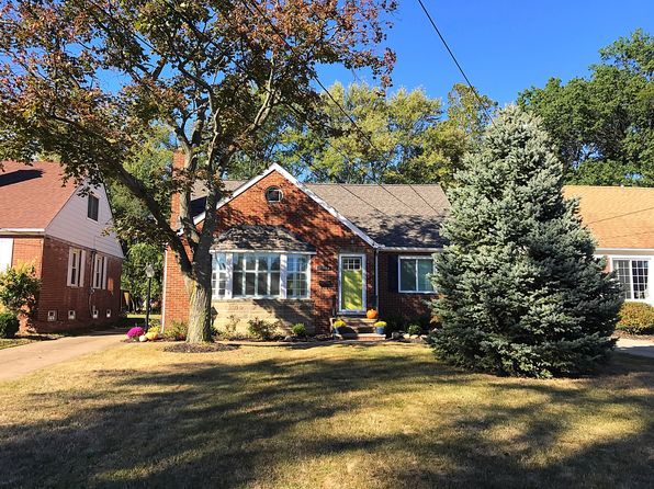 5 bed 2 bath Single Family at 21364 Cromwell Ave Fairview Park, OH, 44126 is for sale at 255k - 1 of 25